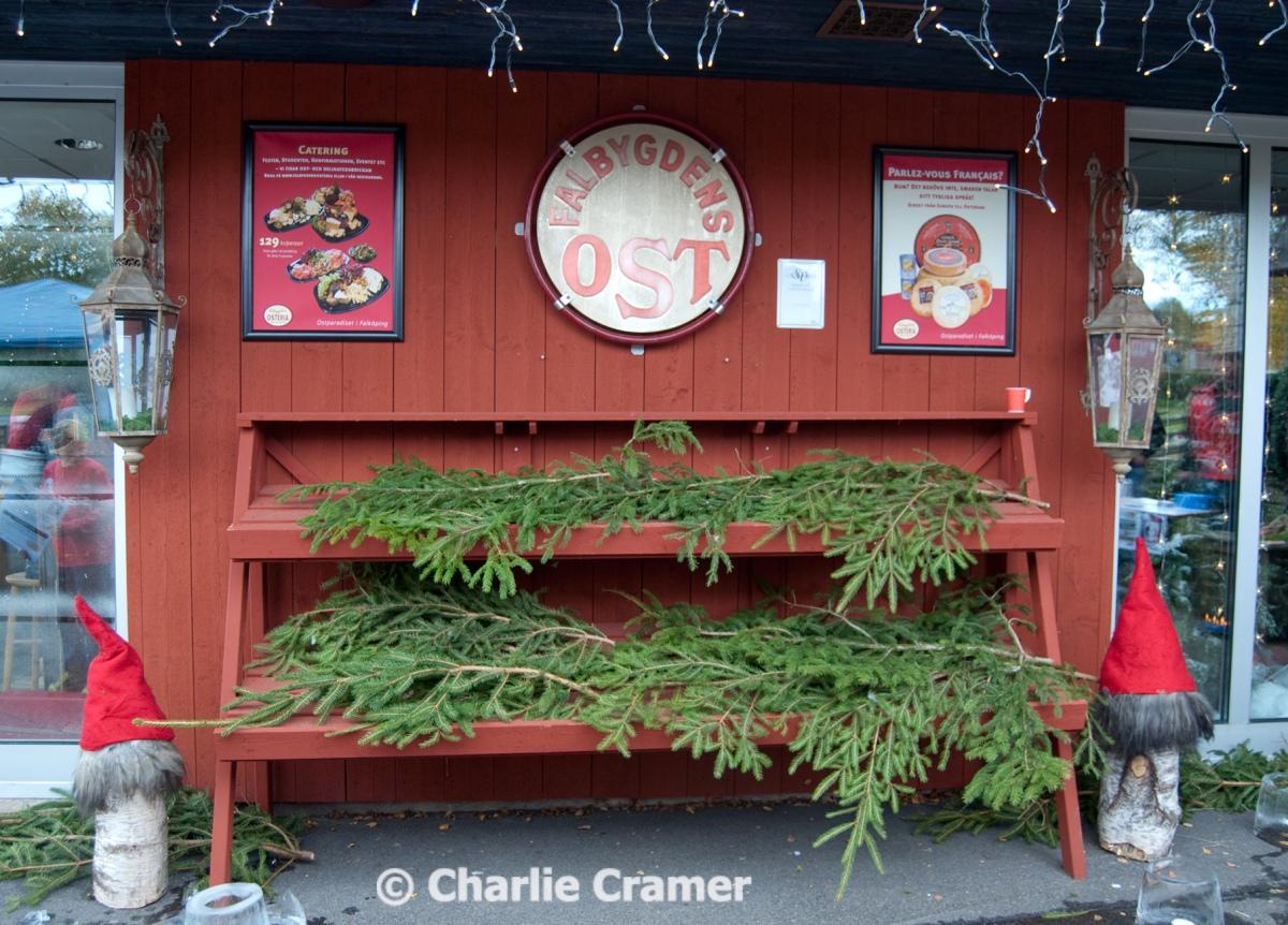 Falbygdens Osteria - Julmarknaden är öppen! BILDKAVALKAD