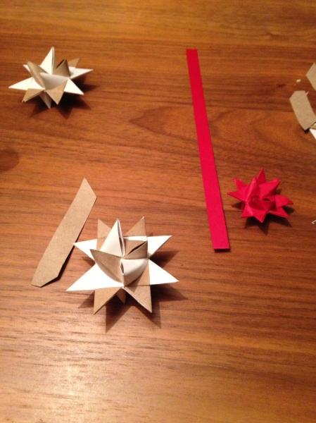 Vikta 3D stjärnor Foto: Charlie Cramer https://julkulturcramar.wordpress.com
